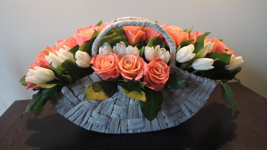 Фото композиции с живых цветов